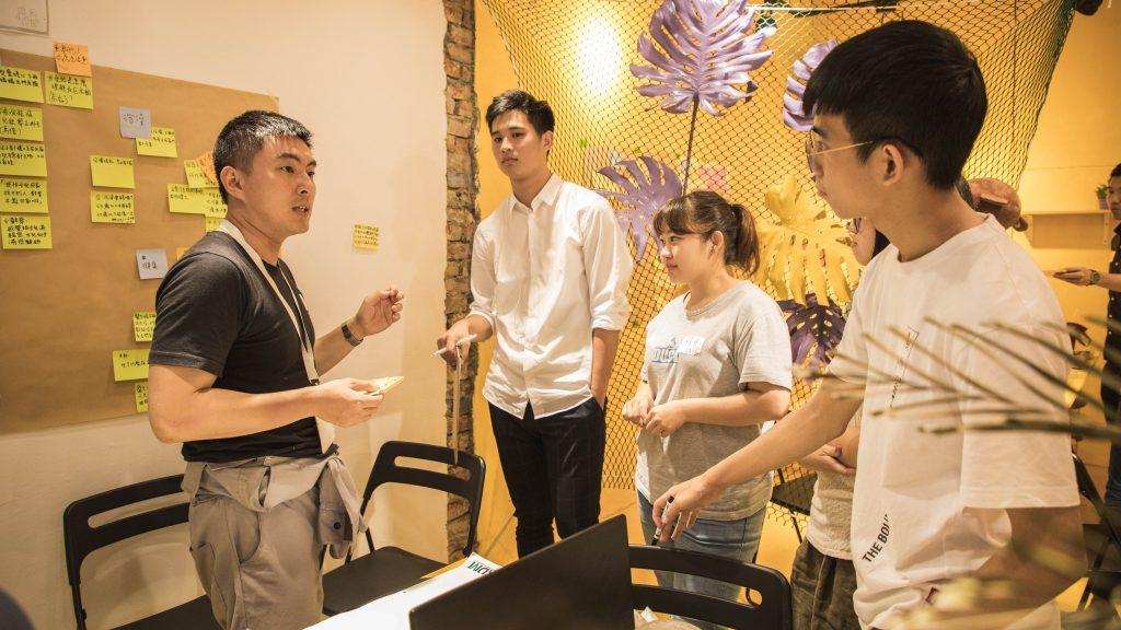 Rax Liu, ici à gauche